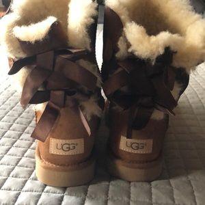 🥶 UGG 🥾 Boots